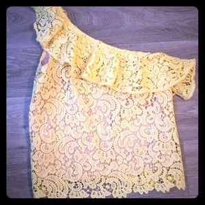 One Armed Yellow Blouse Size Large